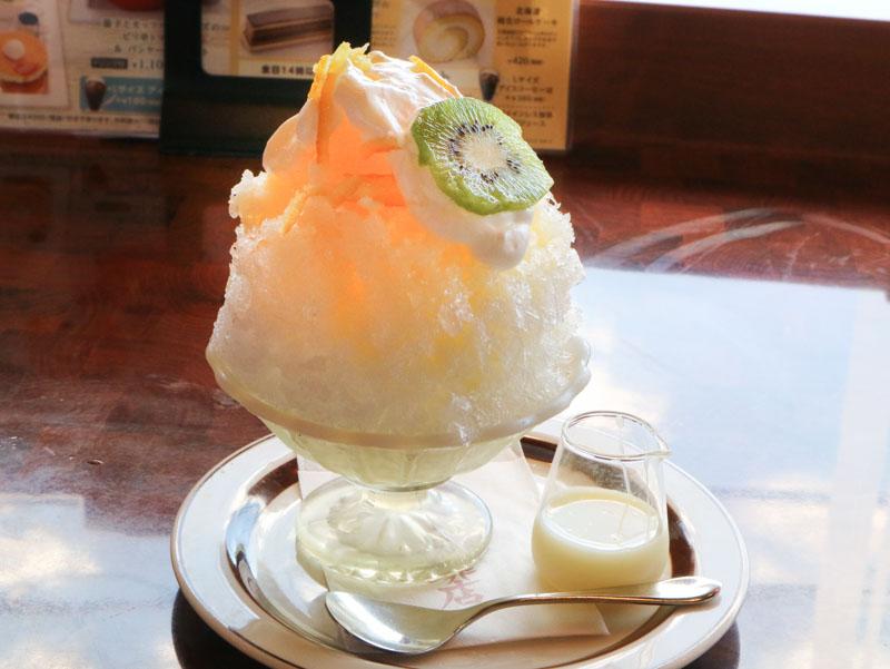 星乃珈琲「かき氷(柚子はちみつミルク)」